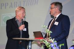 Göran Rosén (stand in för belöningsmottagaren Björn Bendix, isbrytaren Atle)