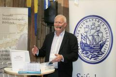 Lennart Fougelberg prestenterar årets SMI. Foto: Torbjörn Dalnäs
