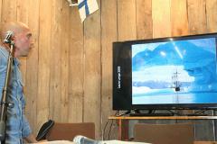 Jimmy Eriksson presenterar Nordiska fototävlingen för sjöfolk.