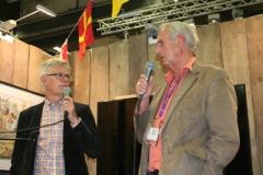 Bokanjärernas grundare Jörn Hammarstrand med Kultursällskapets sekreterare Lennart Johnsson.