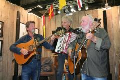 """Sånggruppen KAL: Leif """"Pedda"""" Pedersen (tillfällig ersättare för Malte Krook), Christer Larsson och Bosse Andersson."""