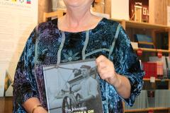 Litteraturpristagaren Eva Johansson.